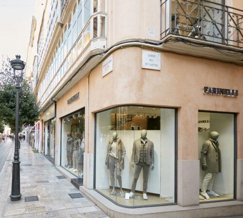 Tienda Farinelli moda de lujo en Palma de Mayorca, Carrer Colom, 16